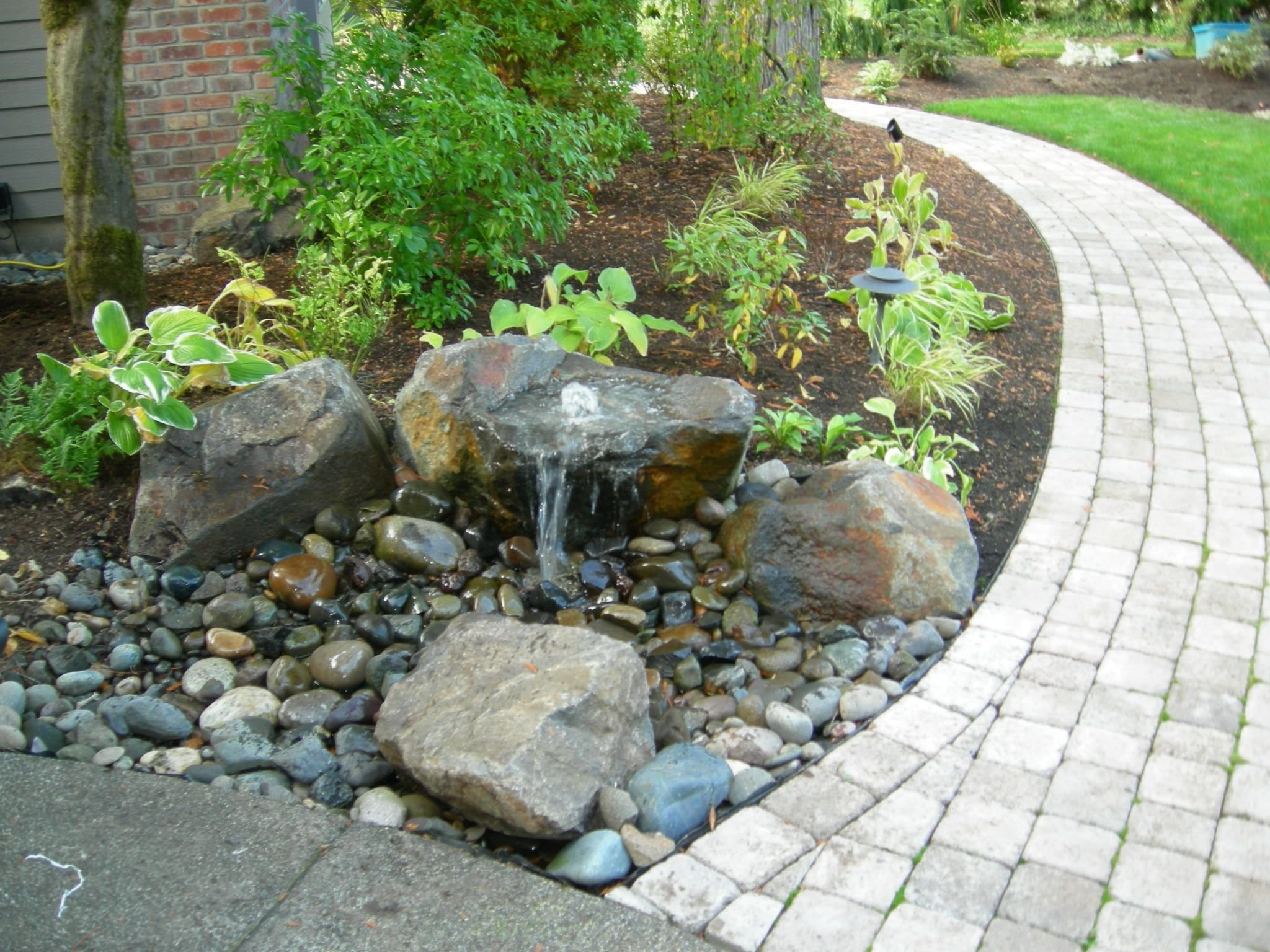 10 Perfect Water Feature Ideas For Small Gardens water features for patios call us today to discuss your options 2020