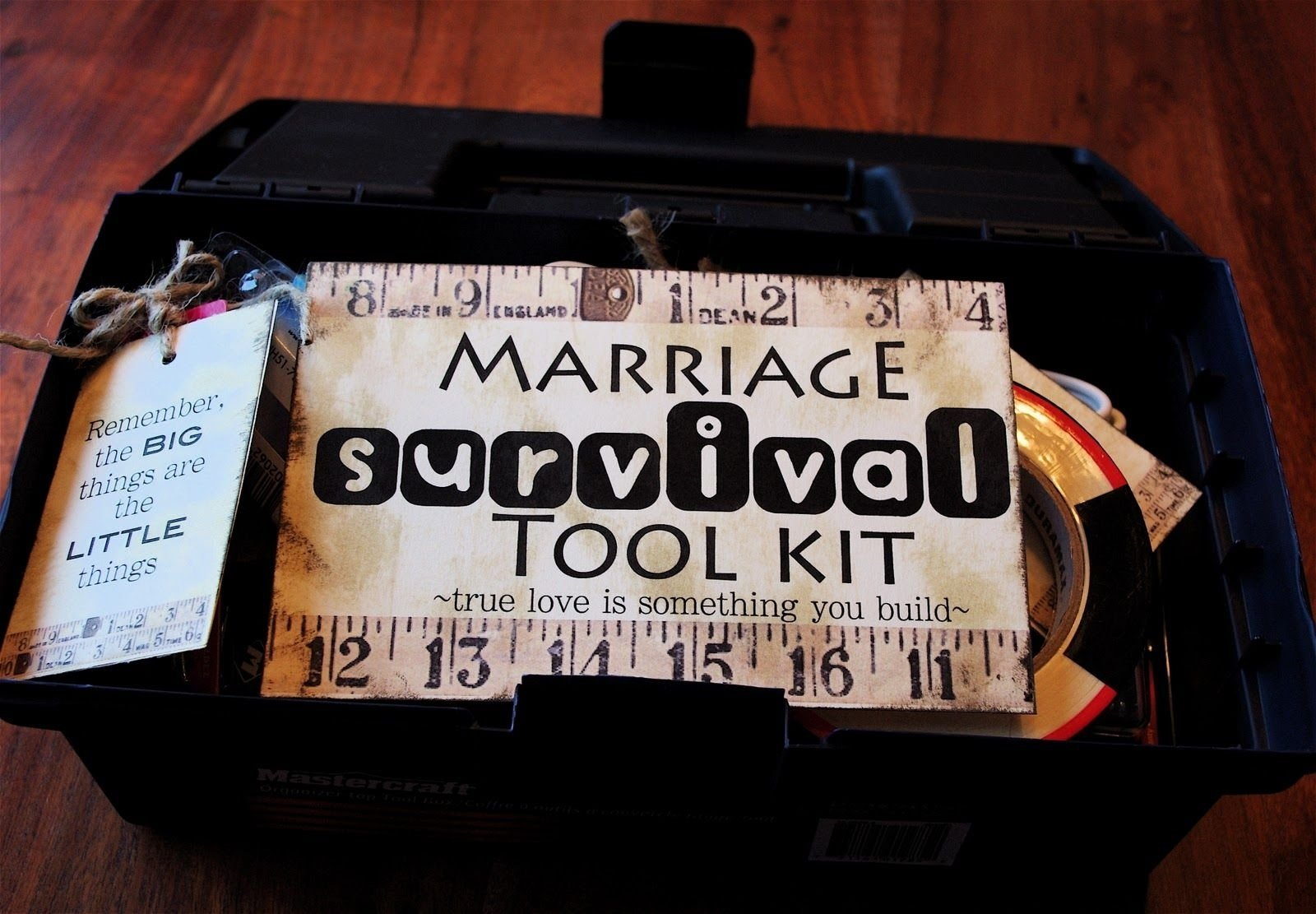 10 Fabulous Gift Ideas For Married Couples wedding gift card diy present marriage survival tool kit awesome 2