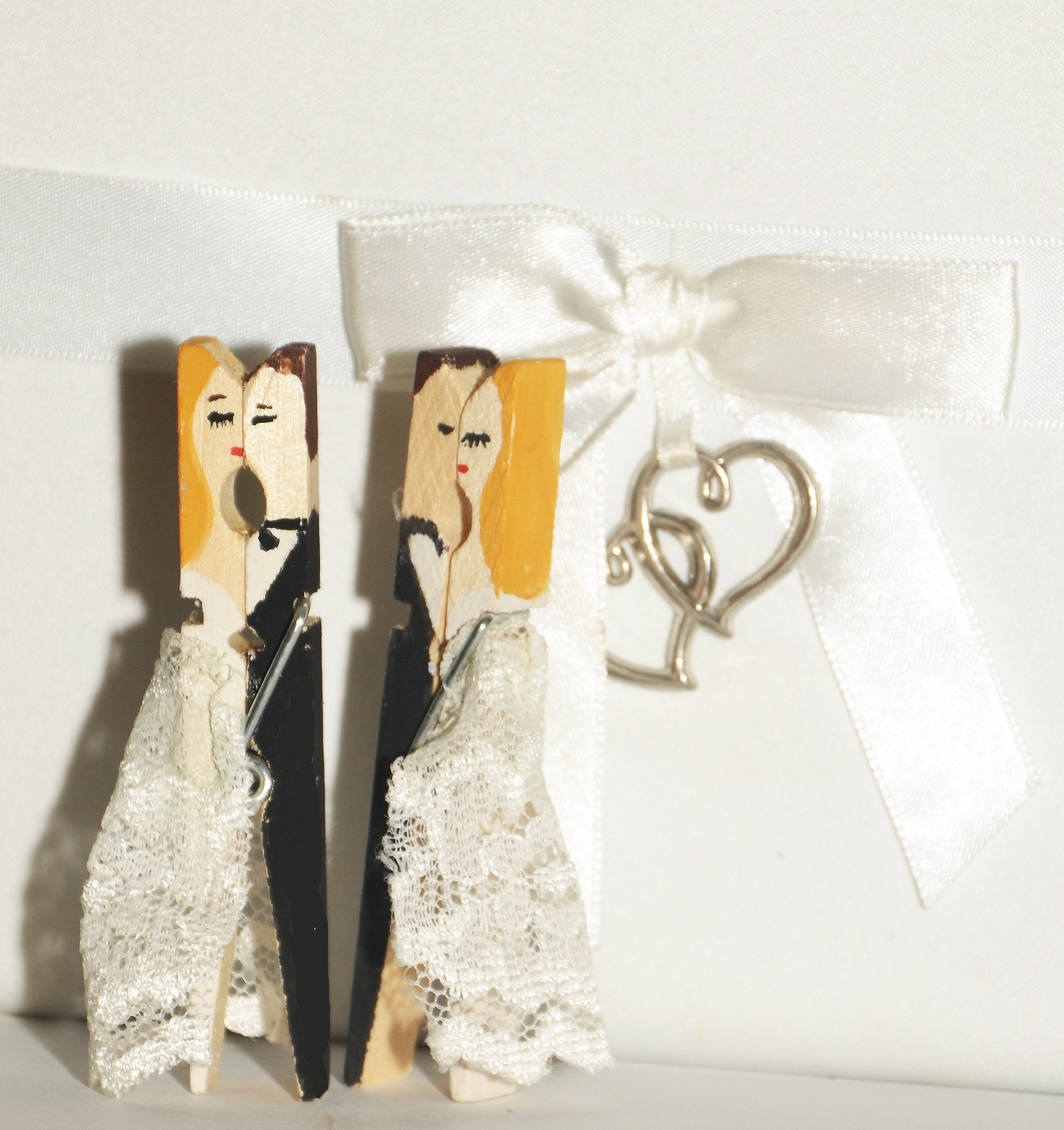 10 Fashionable Wedding Gift Ideas For Bride From Groom wedding gift ideas for bride and groom fine special gifts handwork 1