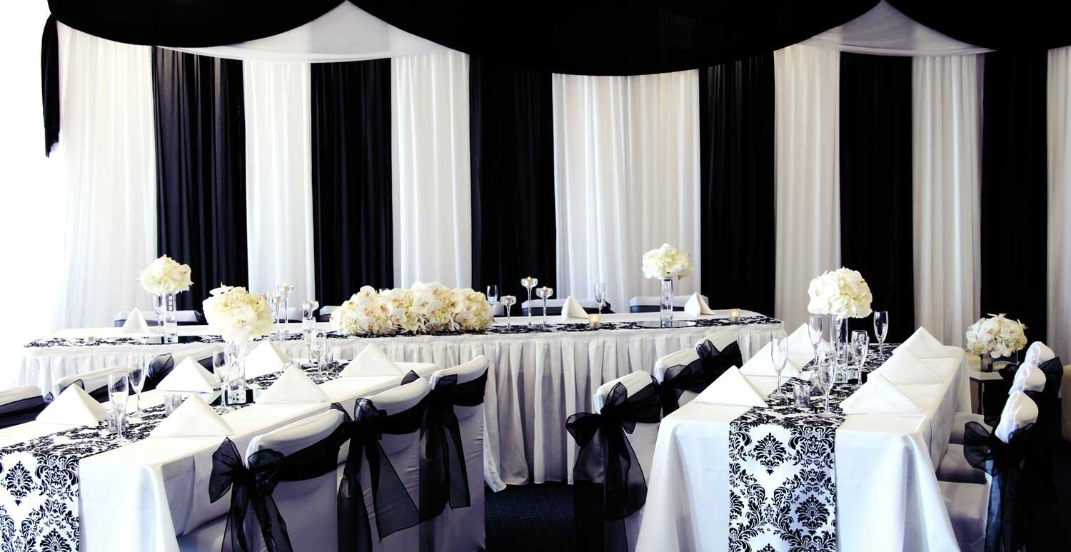 10 Awesome Black And White Centerpiece Ideas wedding tables wedding table decorations black and white wedding 1 2021