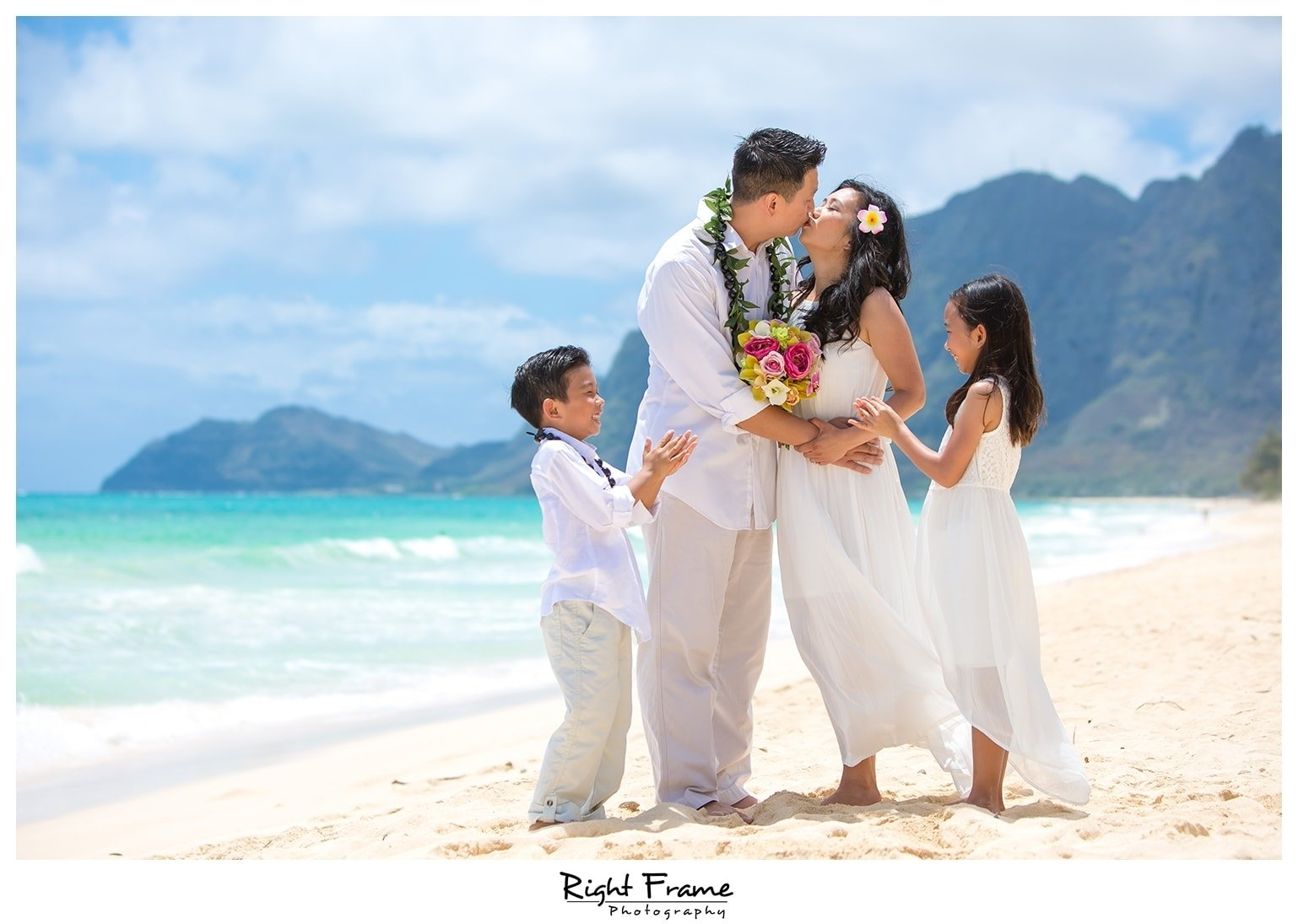 10 Perfect Wedding Vow Renewal Ceremony Ideas wedding vow renewal in oahu hawaiiright frame 2020
