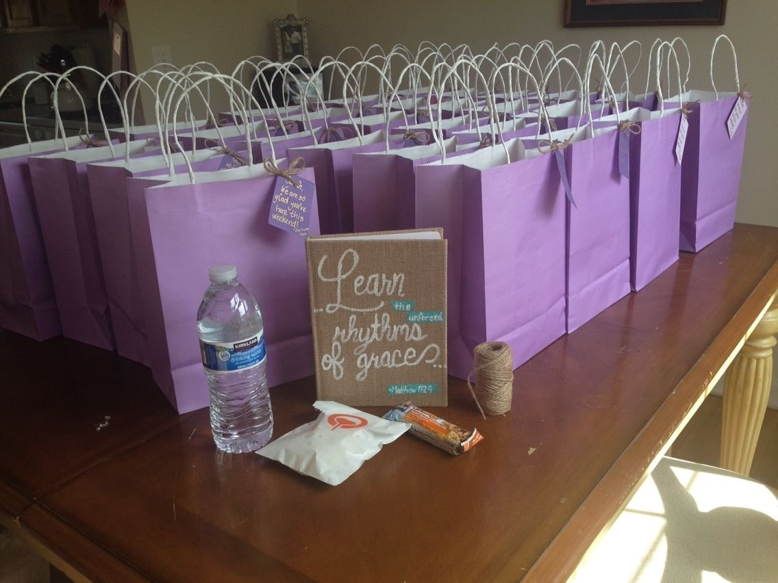 10 Best Gift Bag Ideas For Women welcome bag idea could add a sticker with retreat theme name come 2020