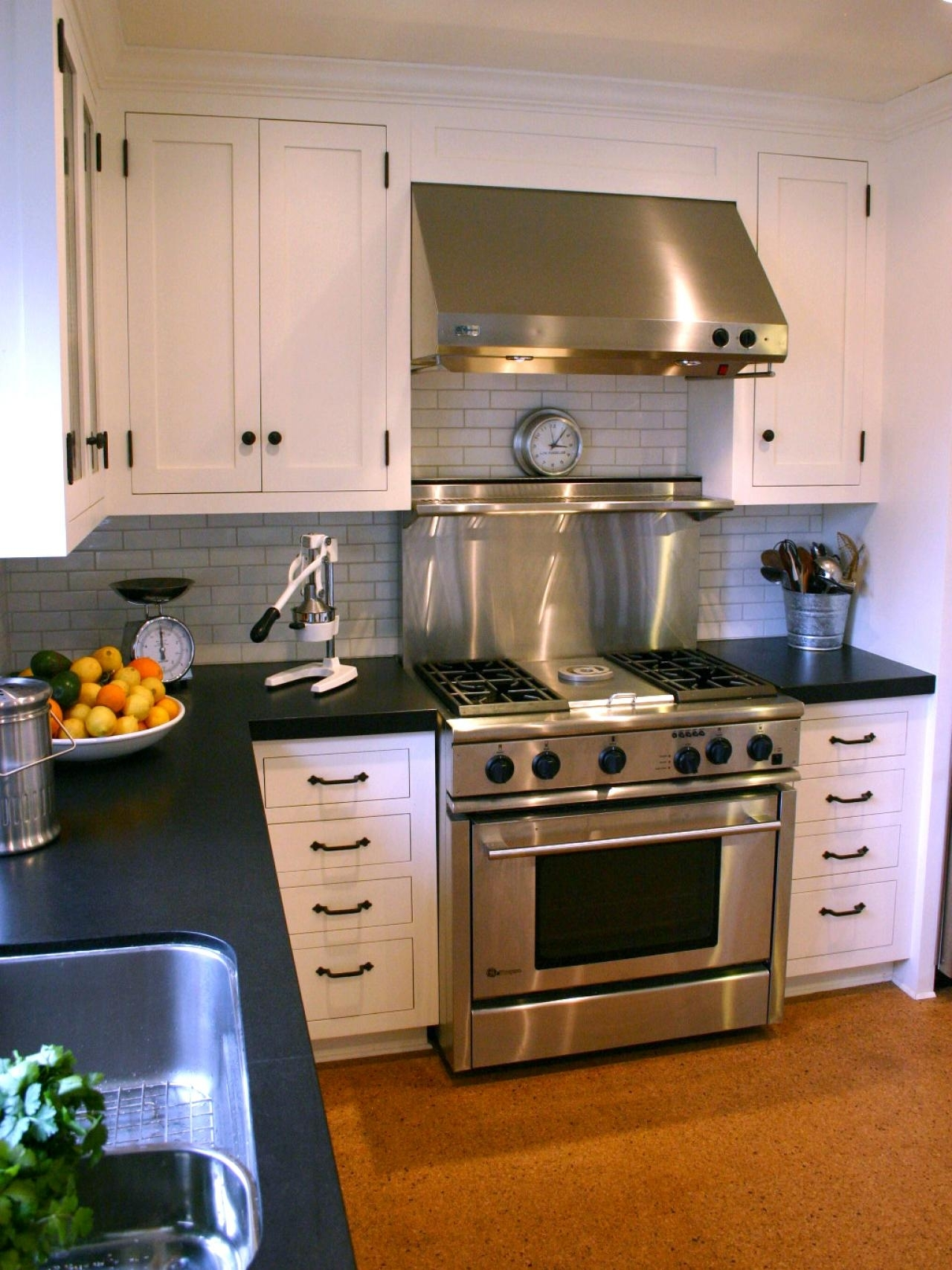 10 Spectacular Kitchen Countertop Ideas With White Cabinets %name 2020