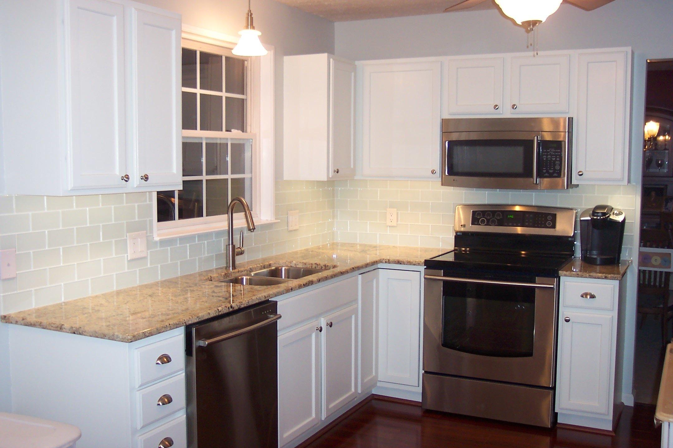 10 Gorgeous Subway Tile Kitchen Backsplash Ideas white kitchen with subway tile backsplash ideas image amys office 2020