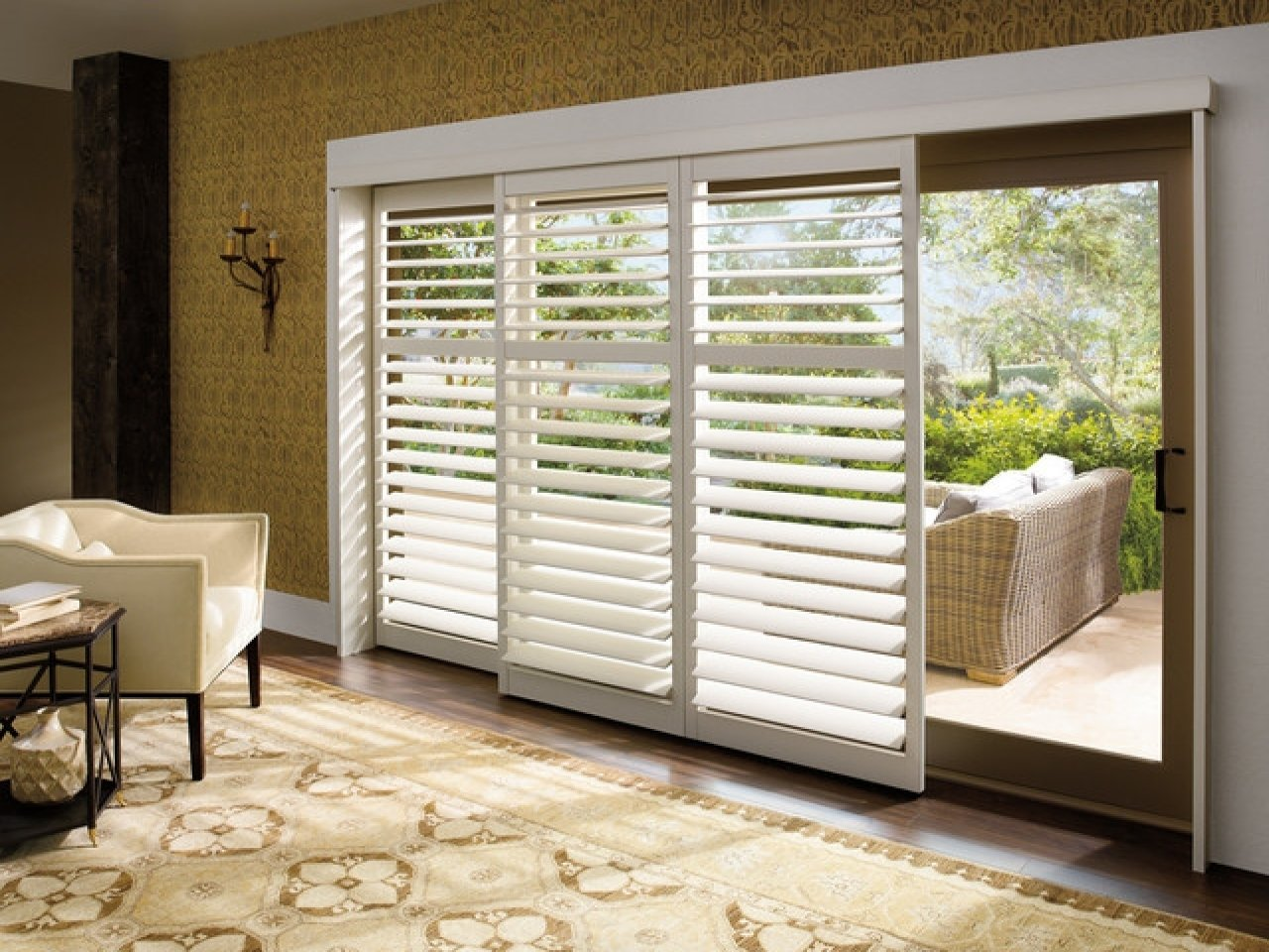 10 Wonderful Window Treatment Ideas For Sliding Glass Doors window treatments for sliding glass doors ideas tips 2 2020