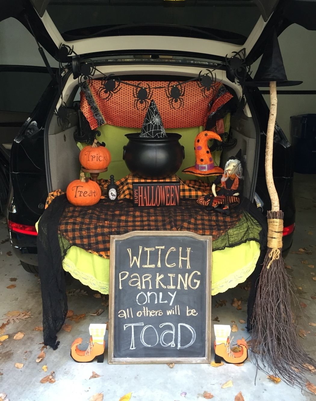 10 Perfect Easy Trunk Or Treat Decorating Ideas witches hang out trunk or treat fall halloween pinterest 2020
