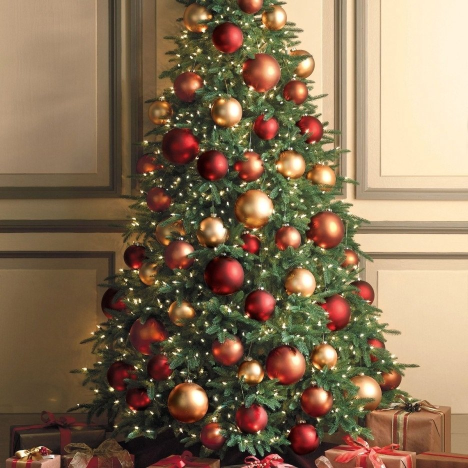 10 Amazing Red And Gold Christmas Tree Decorating Ideas wonderful christmas tree decorations ideas red and gold twuzzer 2021