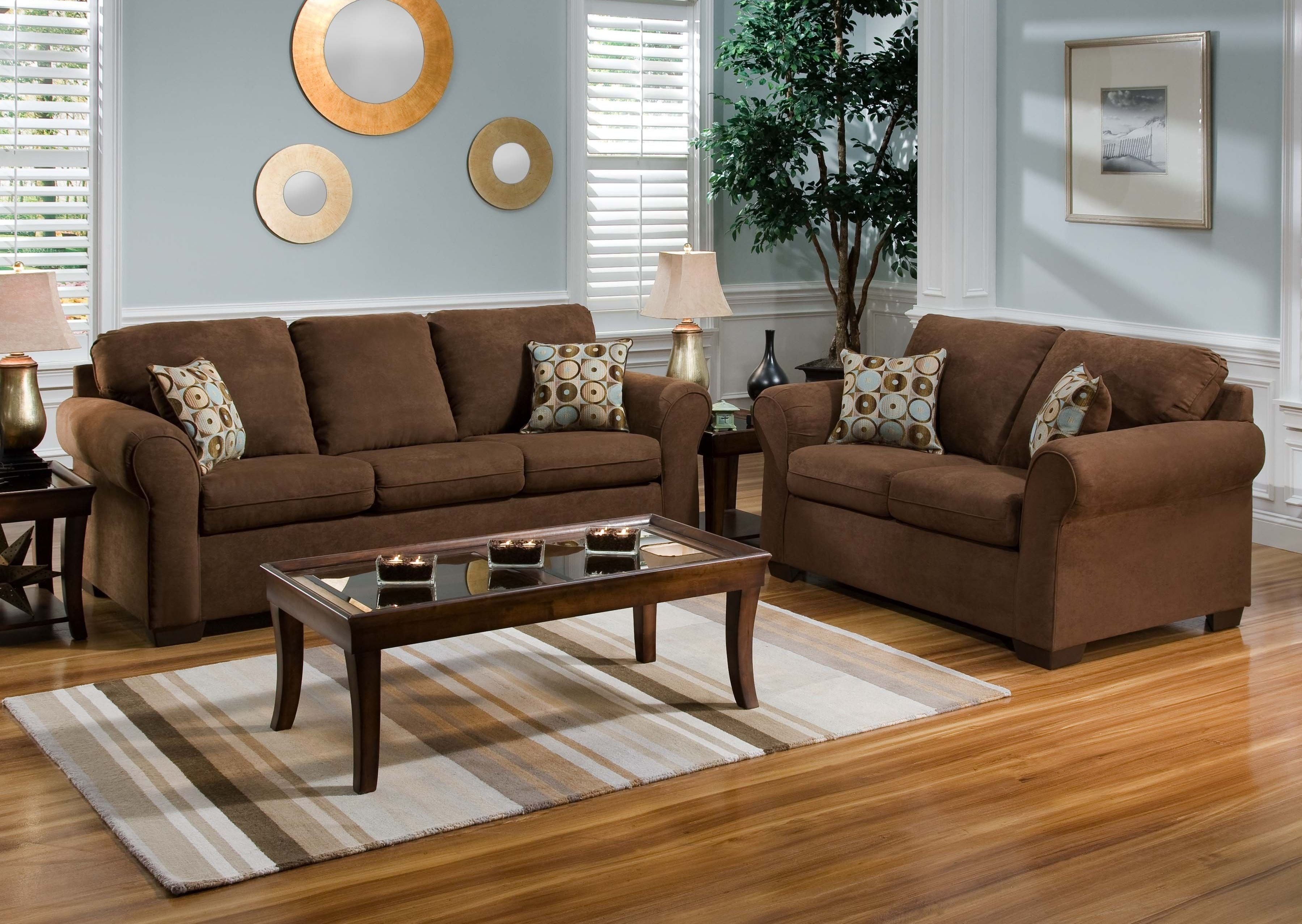 10 Gorgeous Living Room Paint Ideas With Brown Furniture wood flooring color to complement brown leather and oak furniture 2 2021