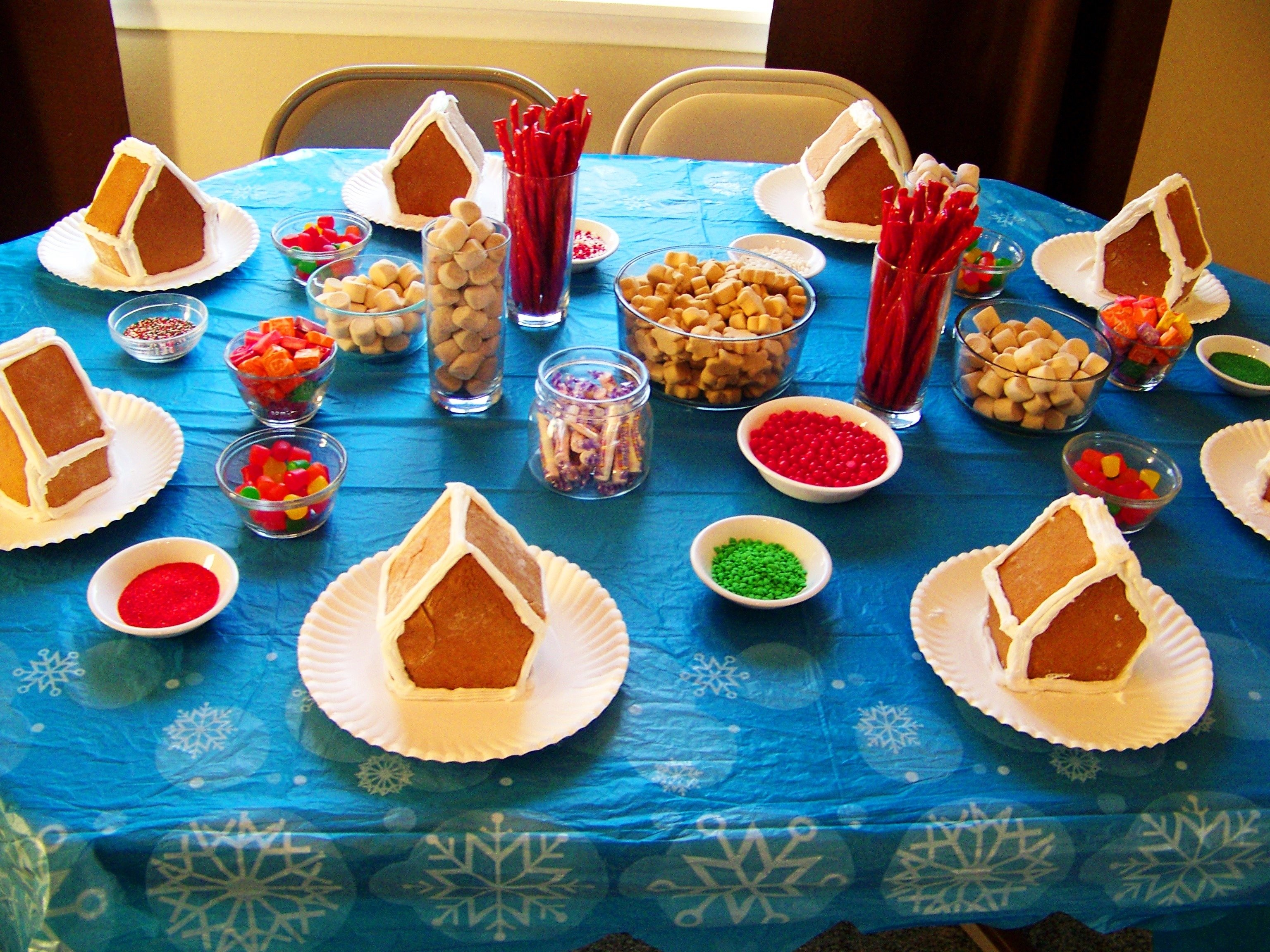 10 Fashionable Gingerbread House Decorating Party Ideas wordless wednesday gingerbread house decorating party my crazy 2020