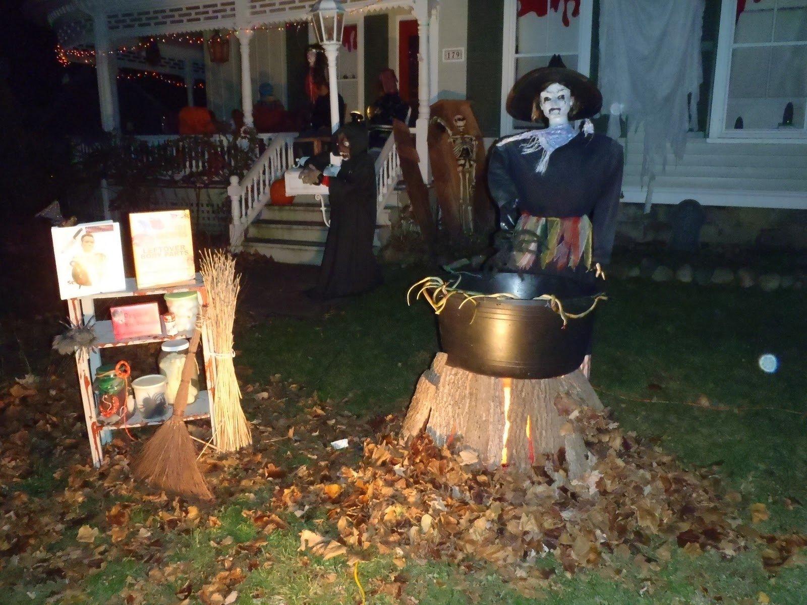 10 Nice Halloween Decoration Ideas For Yard yard halloween decorations ideas magment outdoor clipgoo spooky for 2020