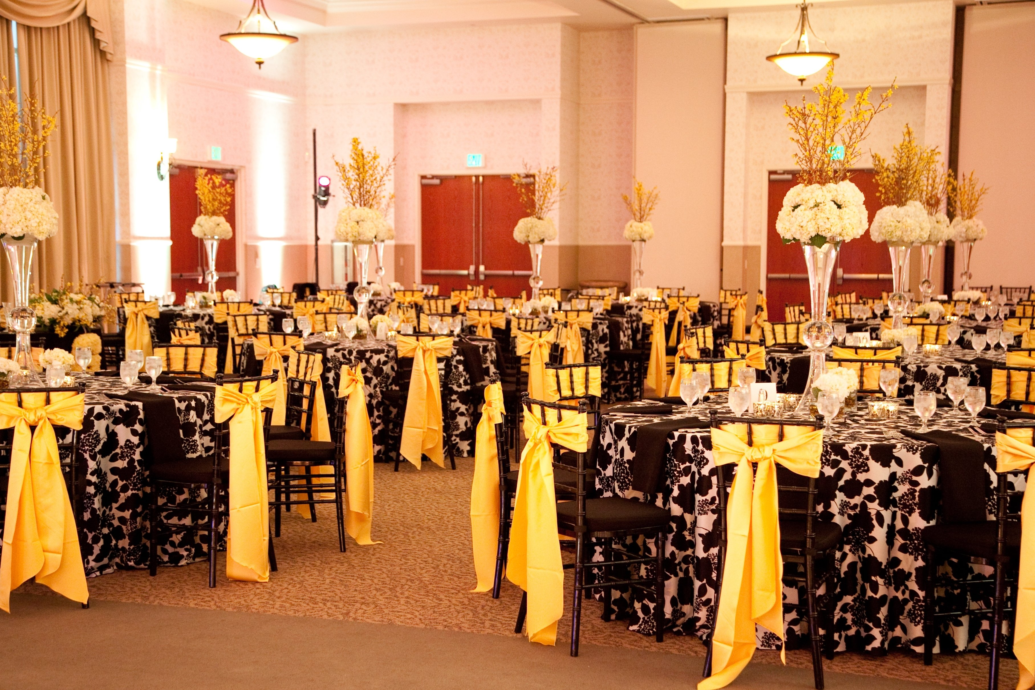 10 wonderful black and yellow wedding ideas 10 wonderful black and yellow wedding ideas yellow and black wedding theme ideas 17 best images junglespirit Image collections