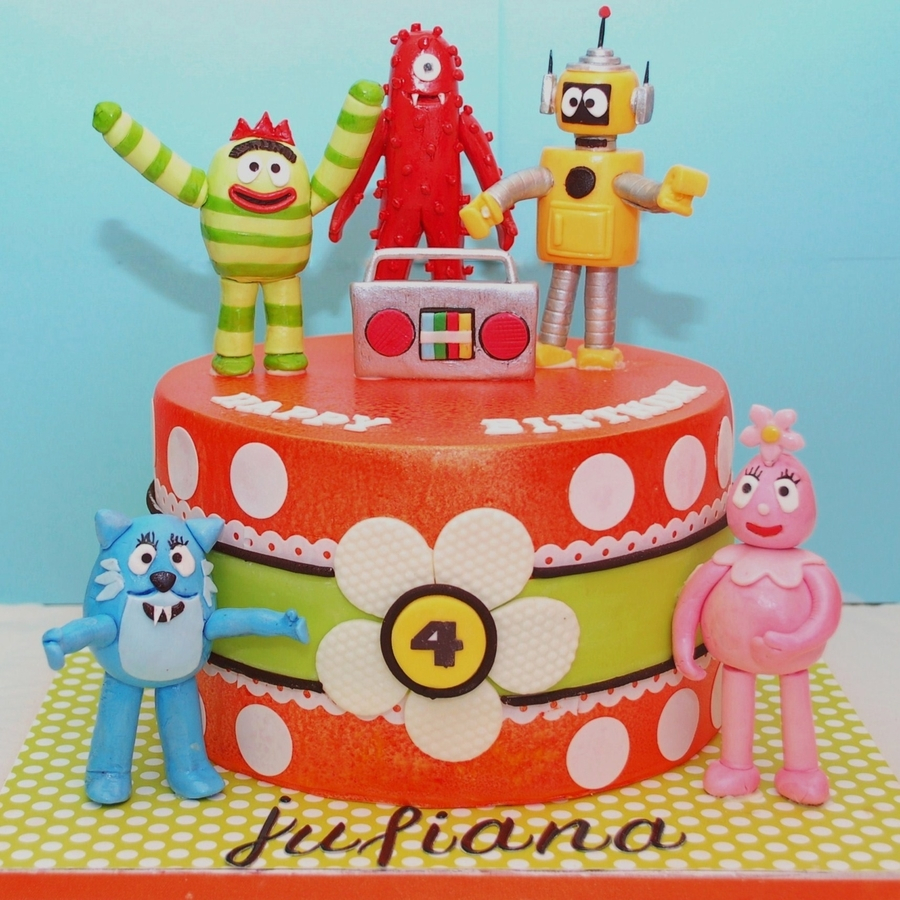 10 Gorgeous Yo Gabba Gabba Cakes Ideas yo gabba gabba cake cakecentral 2 2020
