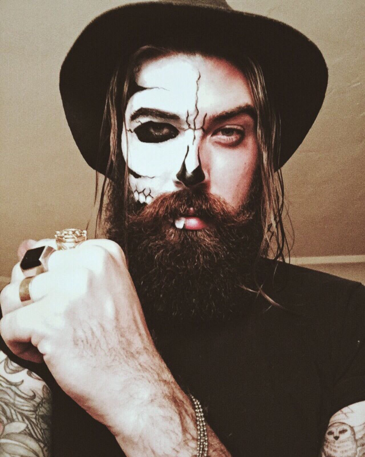 10 Unique Halloween Costume Ideas For Men With Beards your kiss is deadly and your touch is hell pictured lane toran